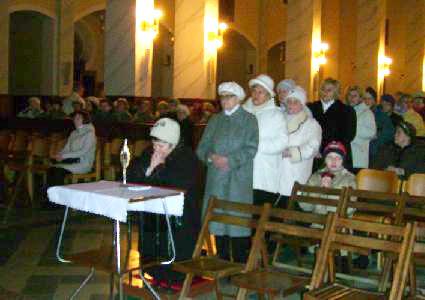 Procesja do relikwii św. Ojca Pio